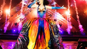 katy-perry-tour-2014-billboard-650